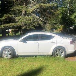 2010 Dodge Avenger Thumbnail