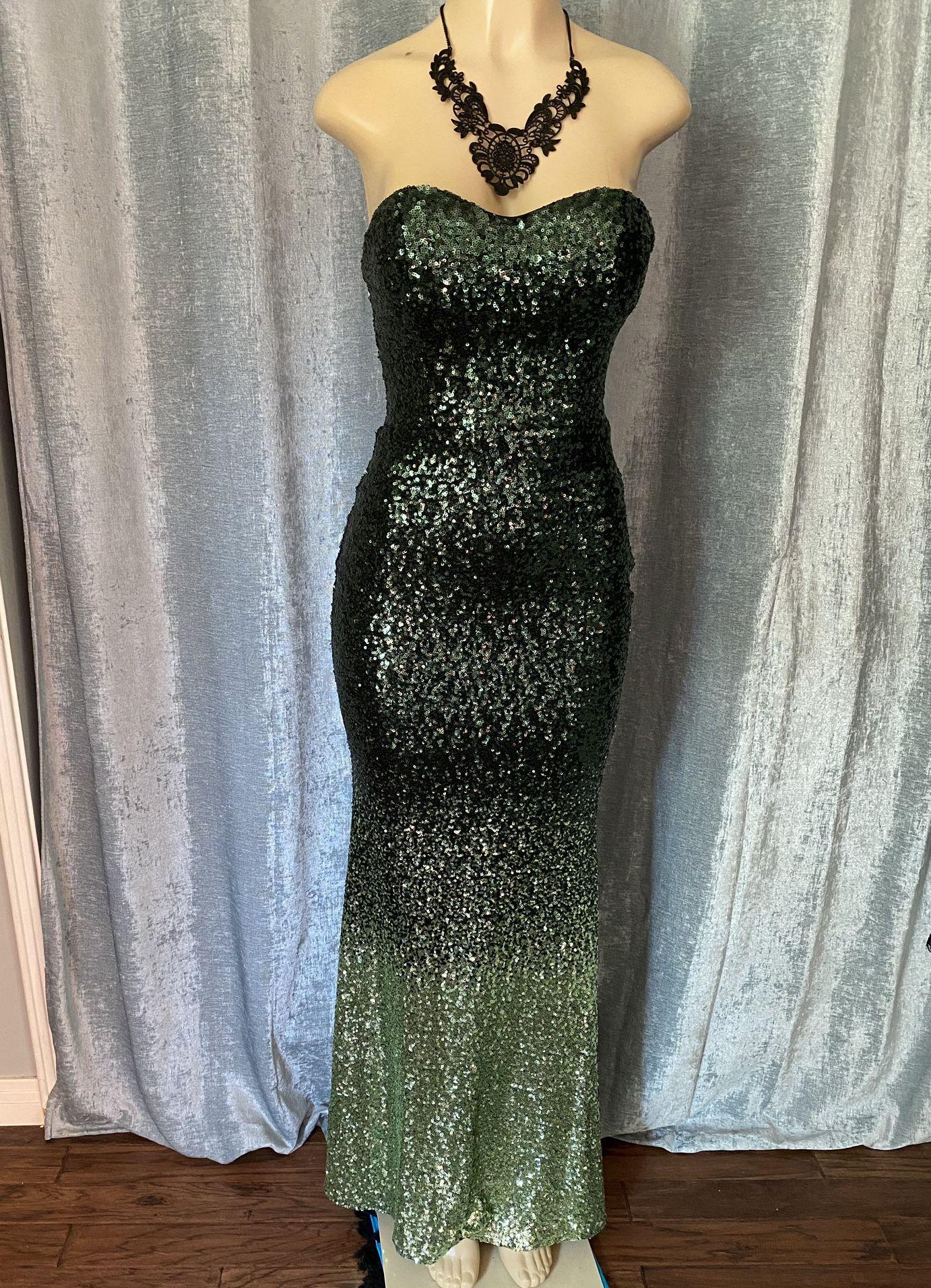 Womend Gorgeous Green Strapless Sequins Long Dress Size  4
