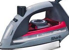 Shark Steam Iron Red