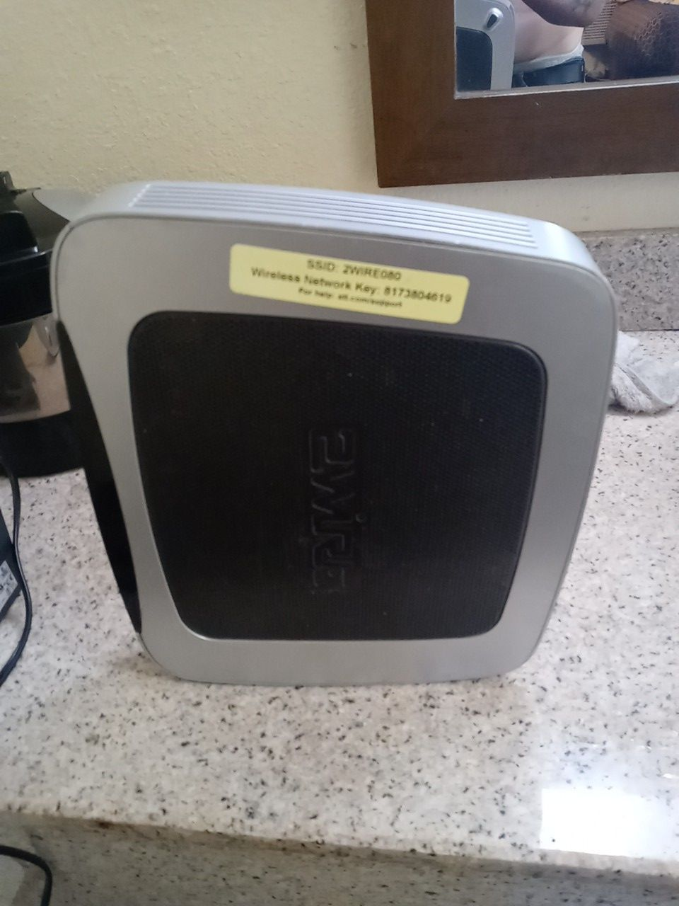 AT&T 2Wire 3800HGV-B Gateway DSL Modem Home WiFi Router