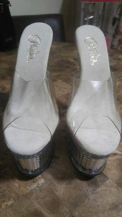Sexy high heels Thumbnail