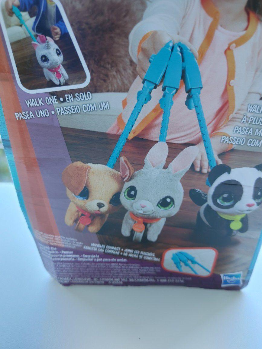 Hasbro Fur Reals Panda Walk A-Lots