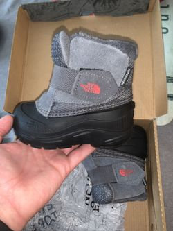 Northface Toddler Winter Boots For Sale Thumbnail