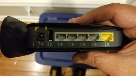 Belkin N600 dual band wireless N wifi router Thumbnail