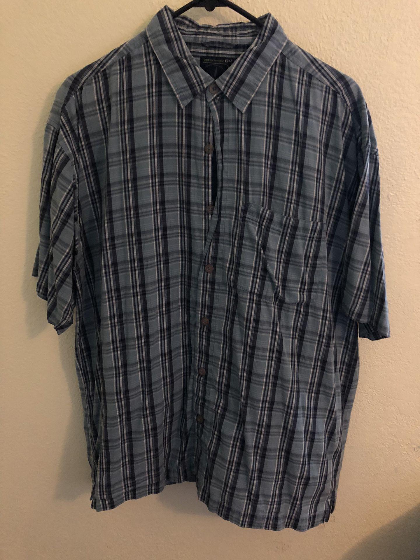 Blue Plaid Button Up T Shirt // Pocket T Shirt // 90's // Y2K // Skateboards // Classic // Work Shirt // Dress Shirt // Slacks // Tucked In // Sunday