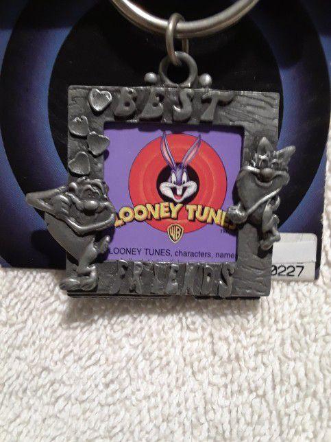 Vintage Looney tunes best friends keyring