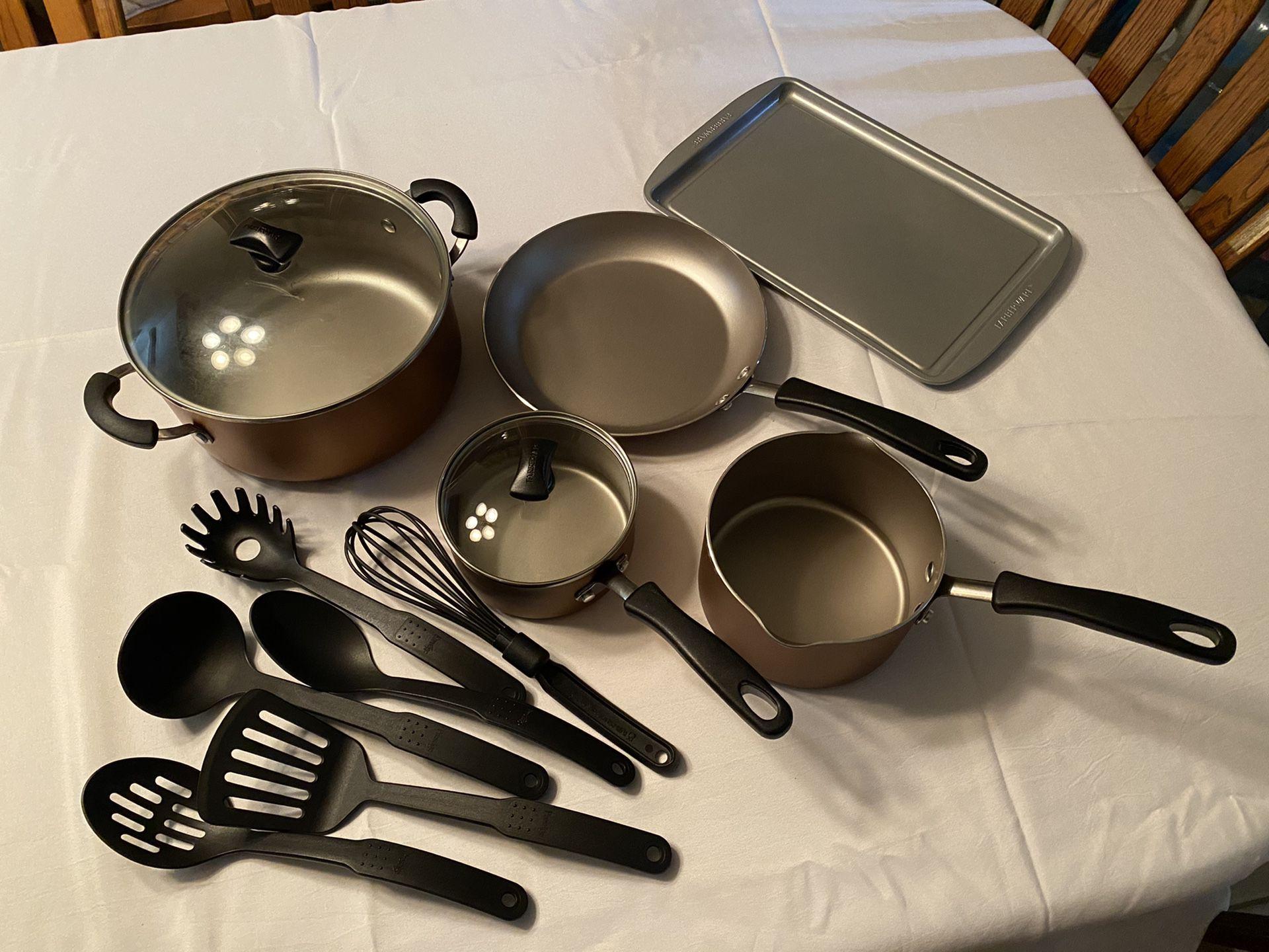 13 Piece Farberware Cookstart DiamondMax NonStick Cookware Set