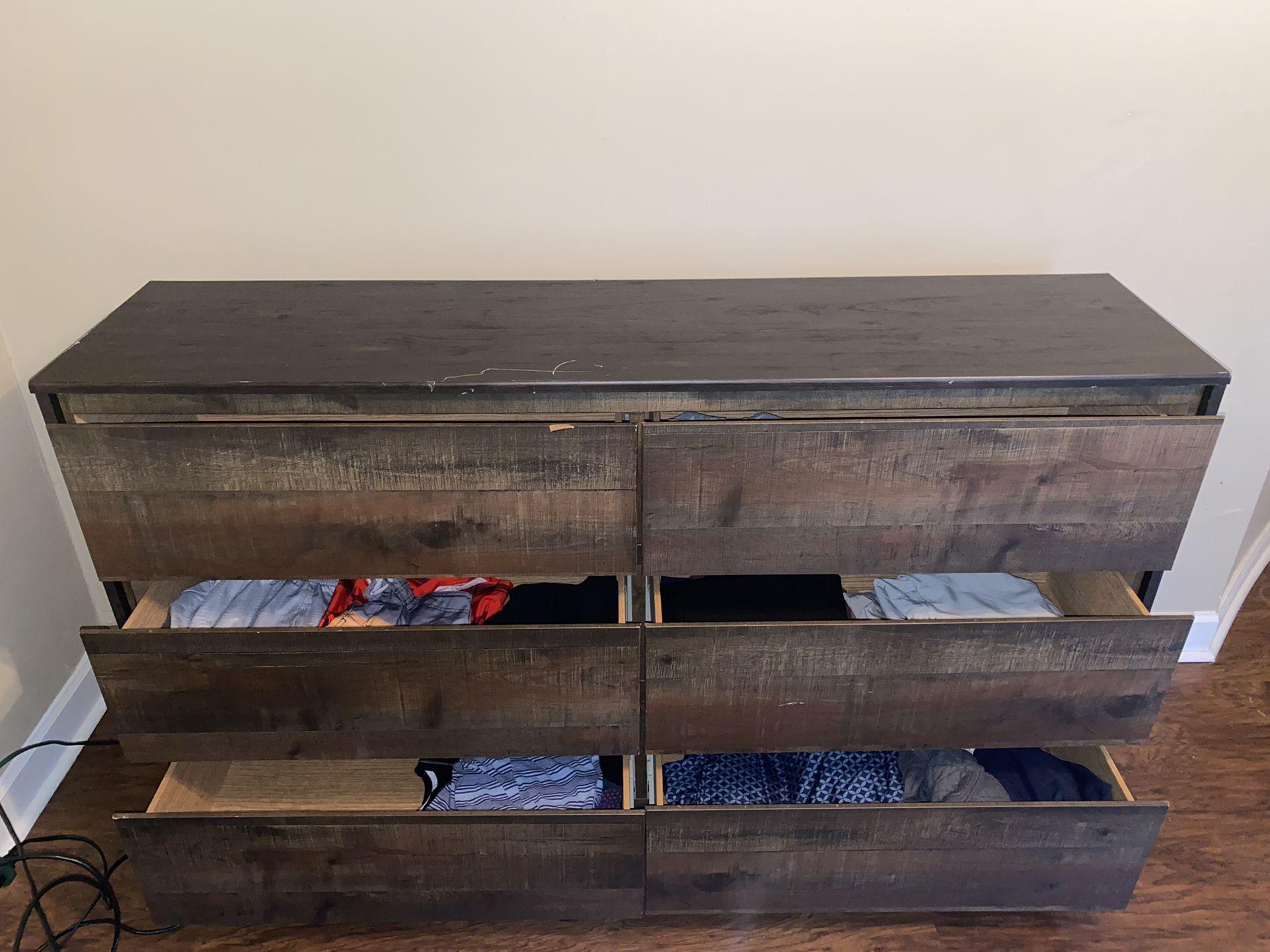 Dellbeck Chest Dresser And Mirror Set For Sale