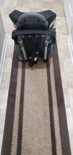 Graco's Nautilus 65 LX 3-in-1 car seat Thumbnail