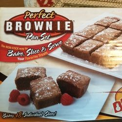 Perfect Brownie Pan Set  Thumbnail