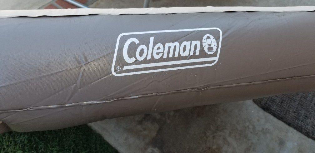 """Coleman 9.5"""" Queen Air Mattress"""