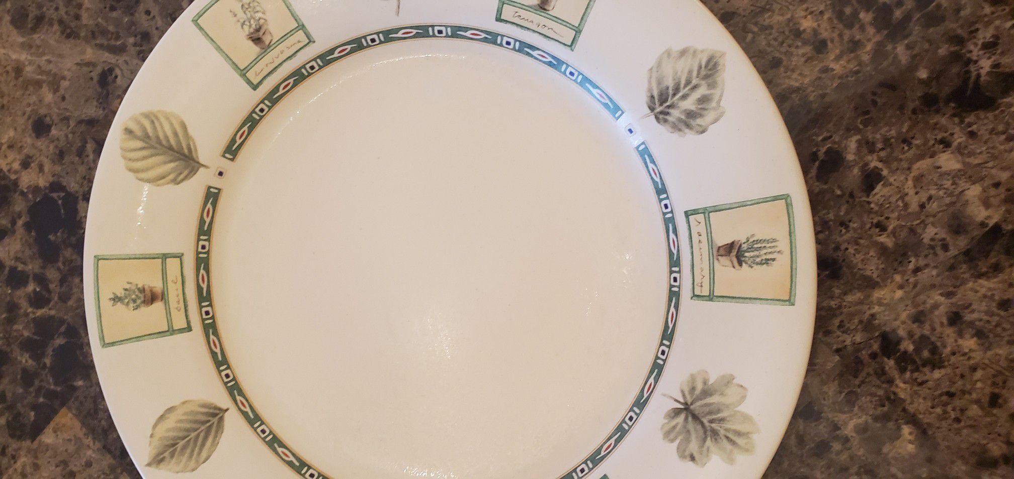 Pfaltzgraff dish setting for four - Naturewood