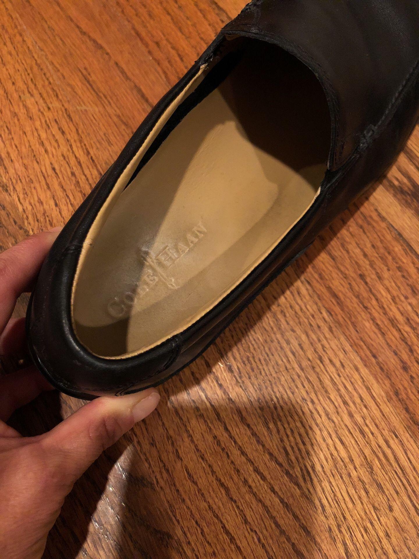Cole Haan 10.5 men's black leather shoes