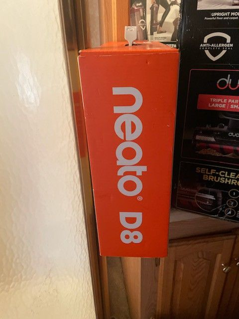 250$ New In Box Neato D8 Brand New Selling Cheap