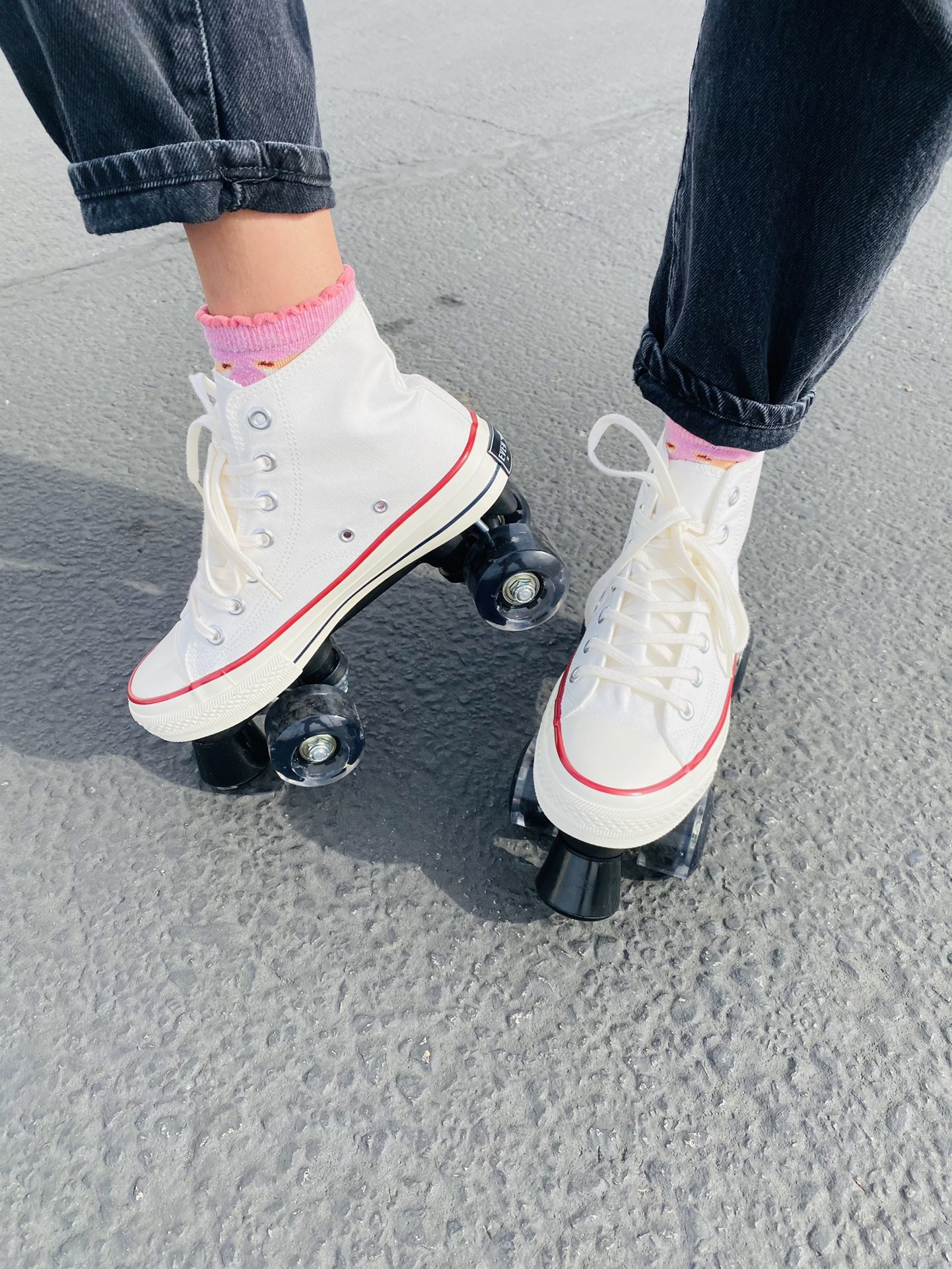 Brand New Roller Skates In Women Size 6,7,8,9,10 & 11 Converse Style Quad Skates Out Door Sports