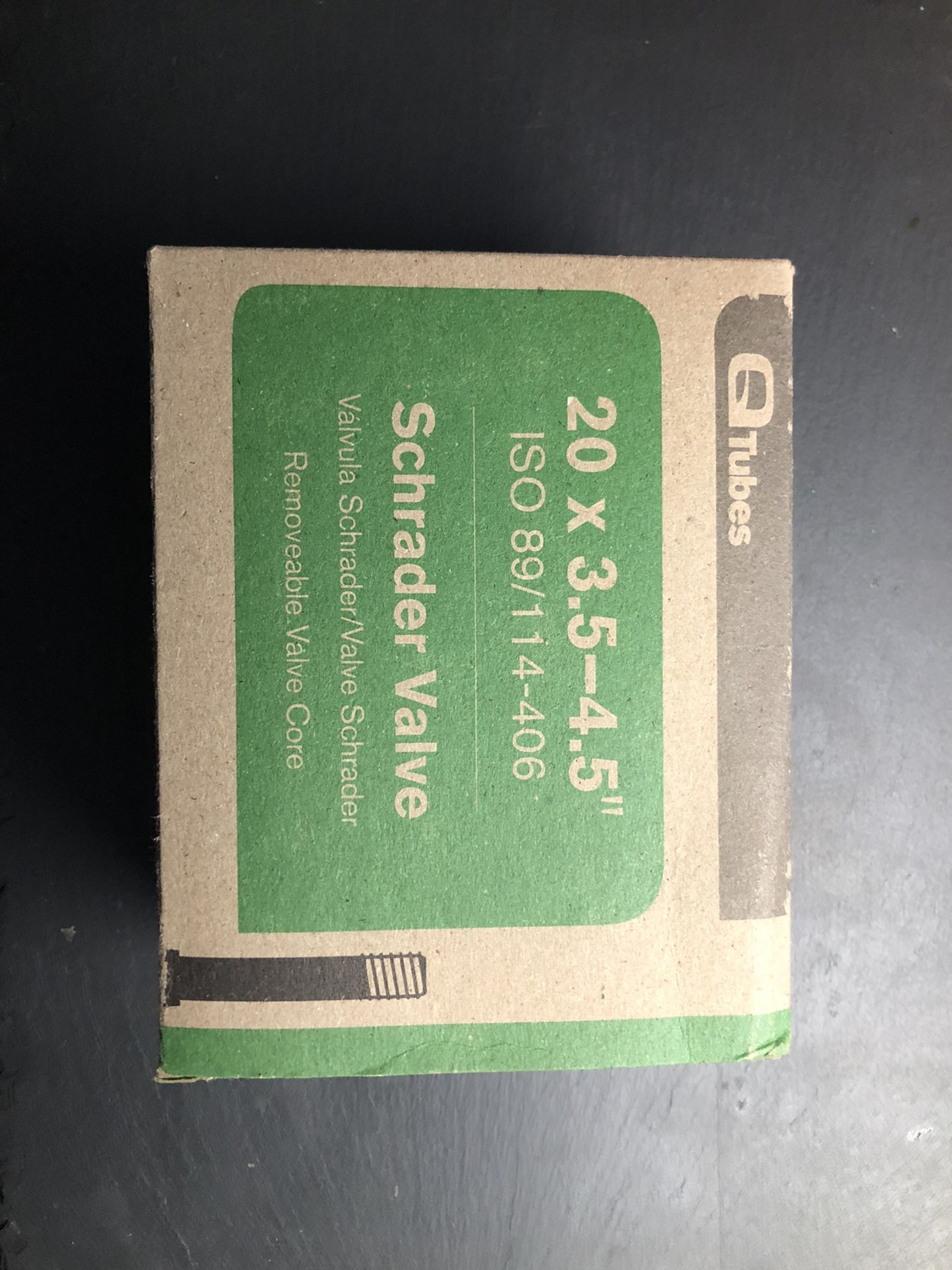 Q-Tubes 20 x 4 / 3.5 /4.5 Schrader Valve Inner Tube