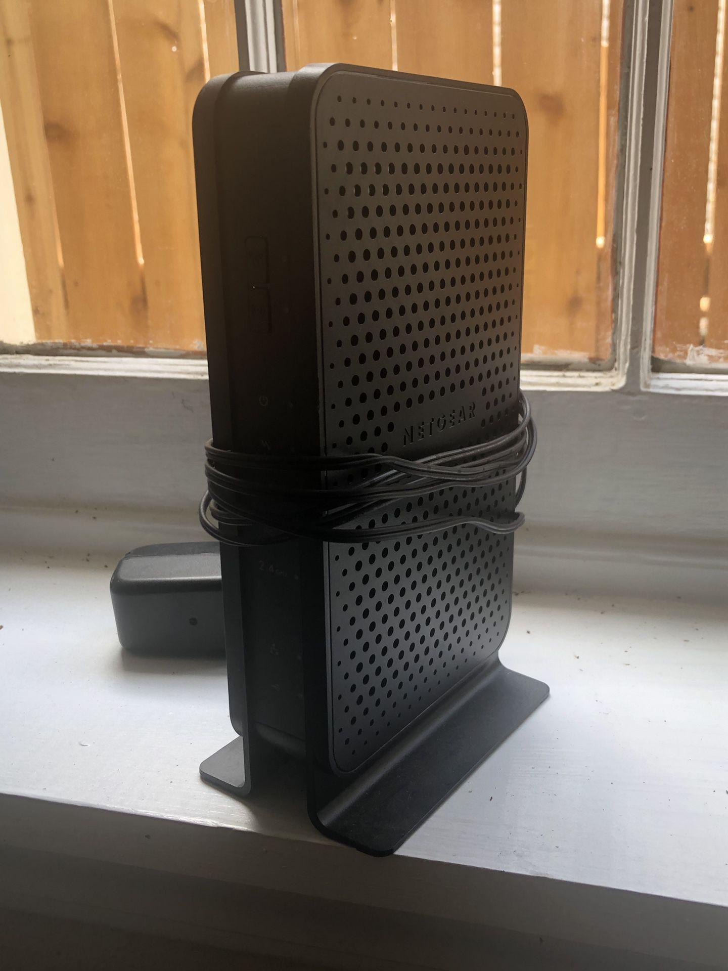 Netgear N300 WiFi Modem Router