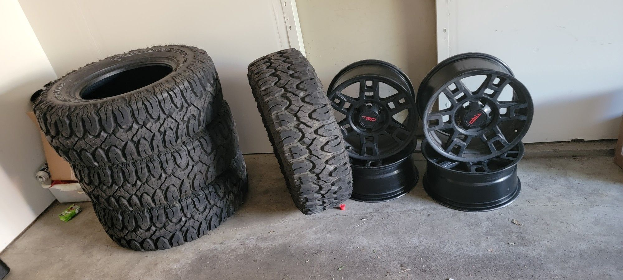 Tires  And Wheels Trd