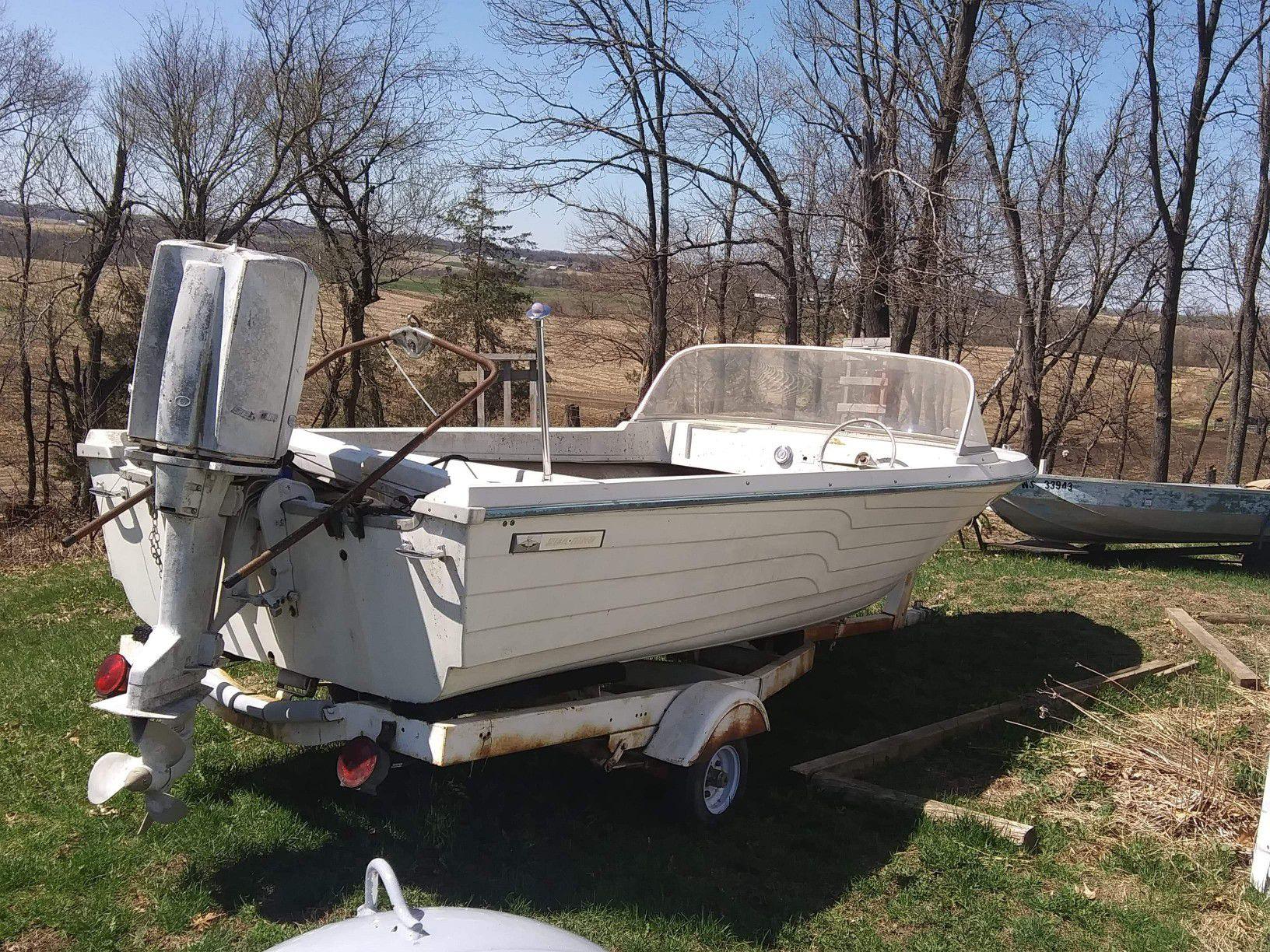 17 foot. 80 hp Sea King & trailer