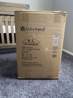 New Infant Car Seat With Base Thumbnail