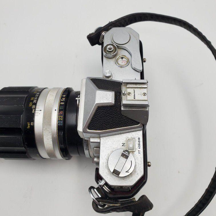 Nikon Nikkormat professional camera 35mm SLR W/ 200 MM Zoom Lens