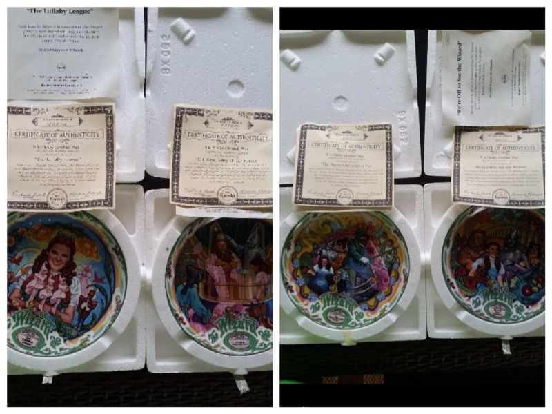 Wizard of Oz Collectable Musical Plates Set of 8