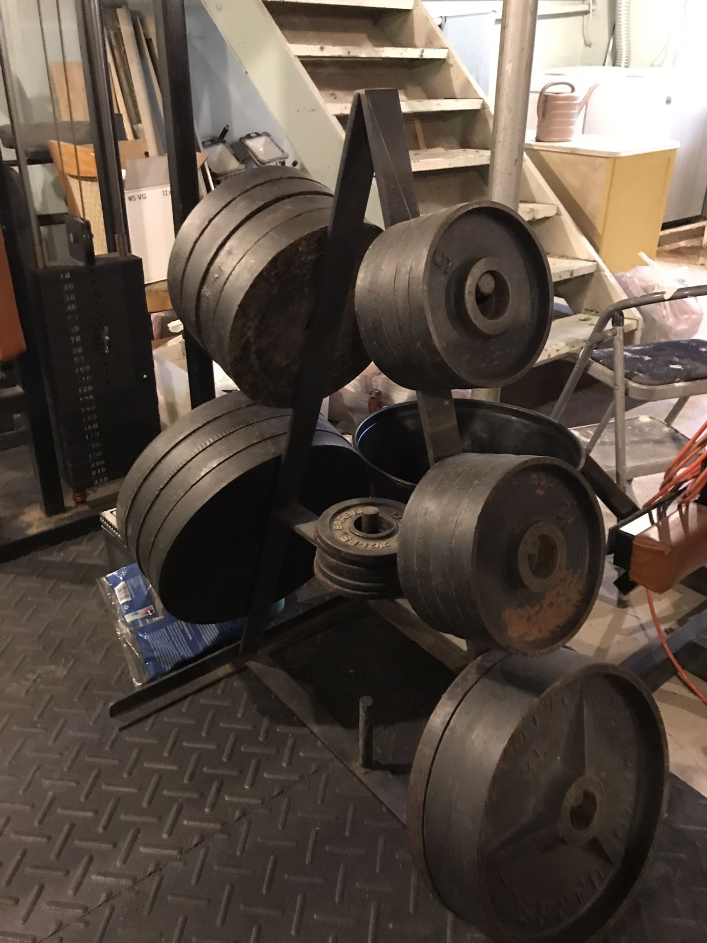 Weightlifting equipment 800 or best