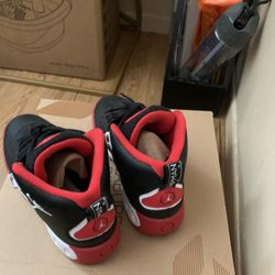 Jordan Sneakers And Ugg Boots Thumbnail