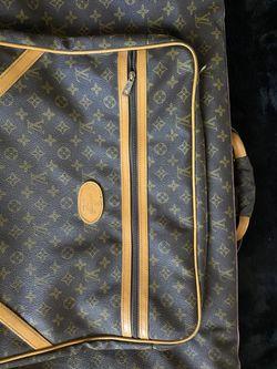 Louis Vuitton Garment Cover Thumbnail