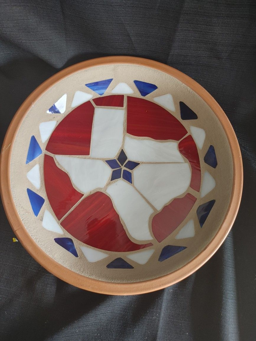 Potworks(California) terracotta warming platter w multi-colored stained glass design w state of Texas in the center