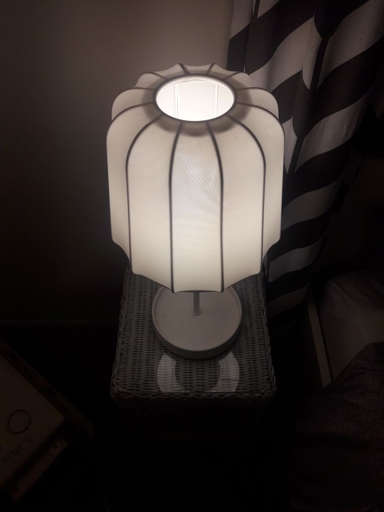 Set of 2 matching dimmable table lamps