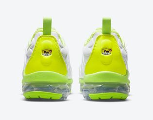 Nike Vapormax Plus Size 13  Thumbnail