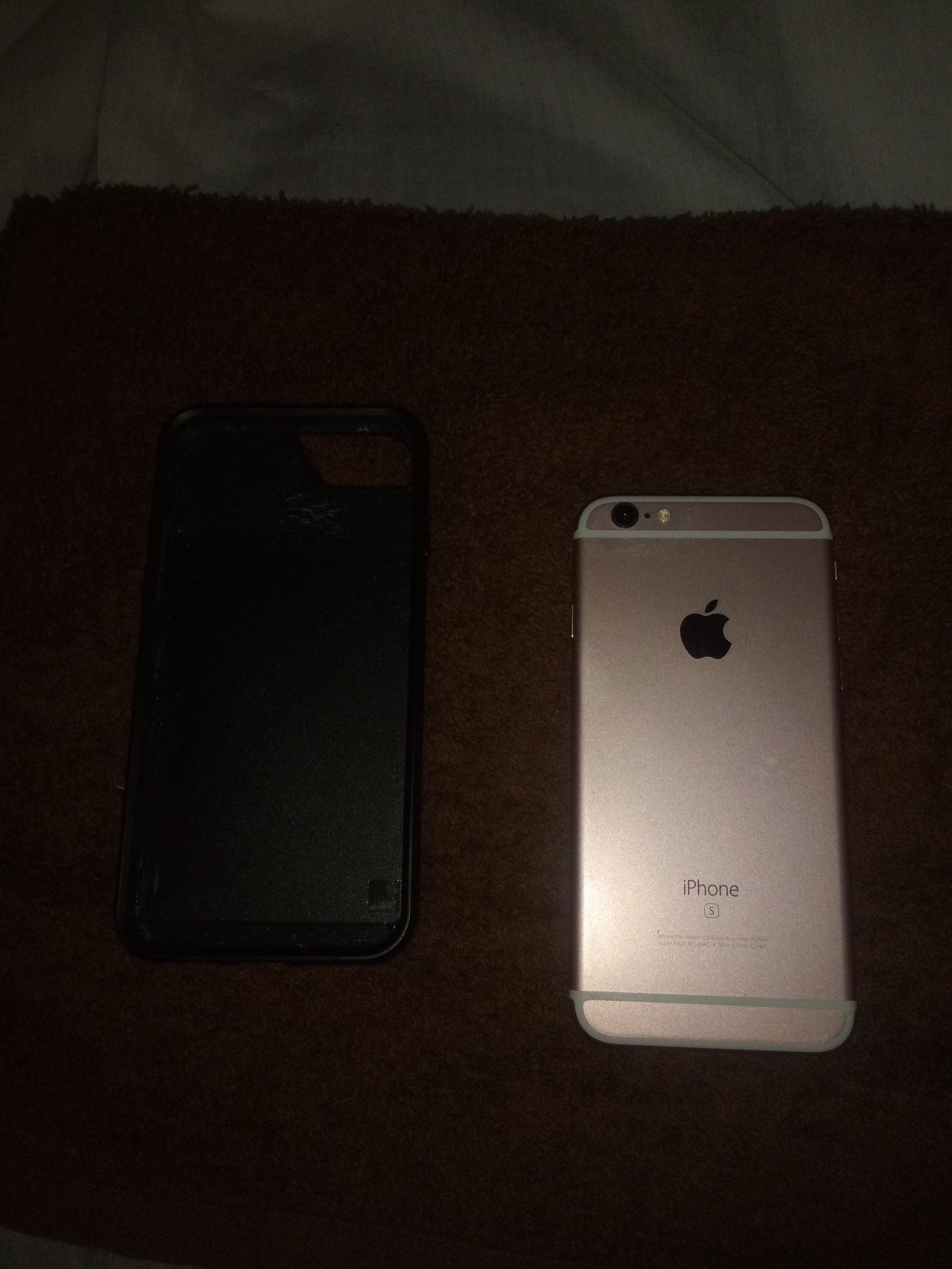 32 gig IPhone 6s from metro pcs