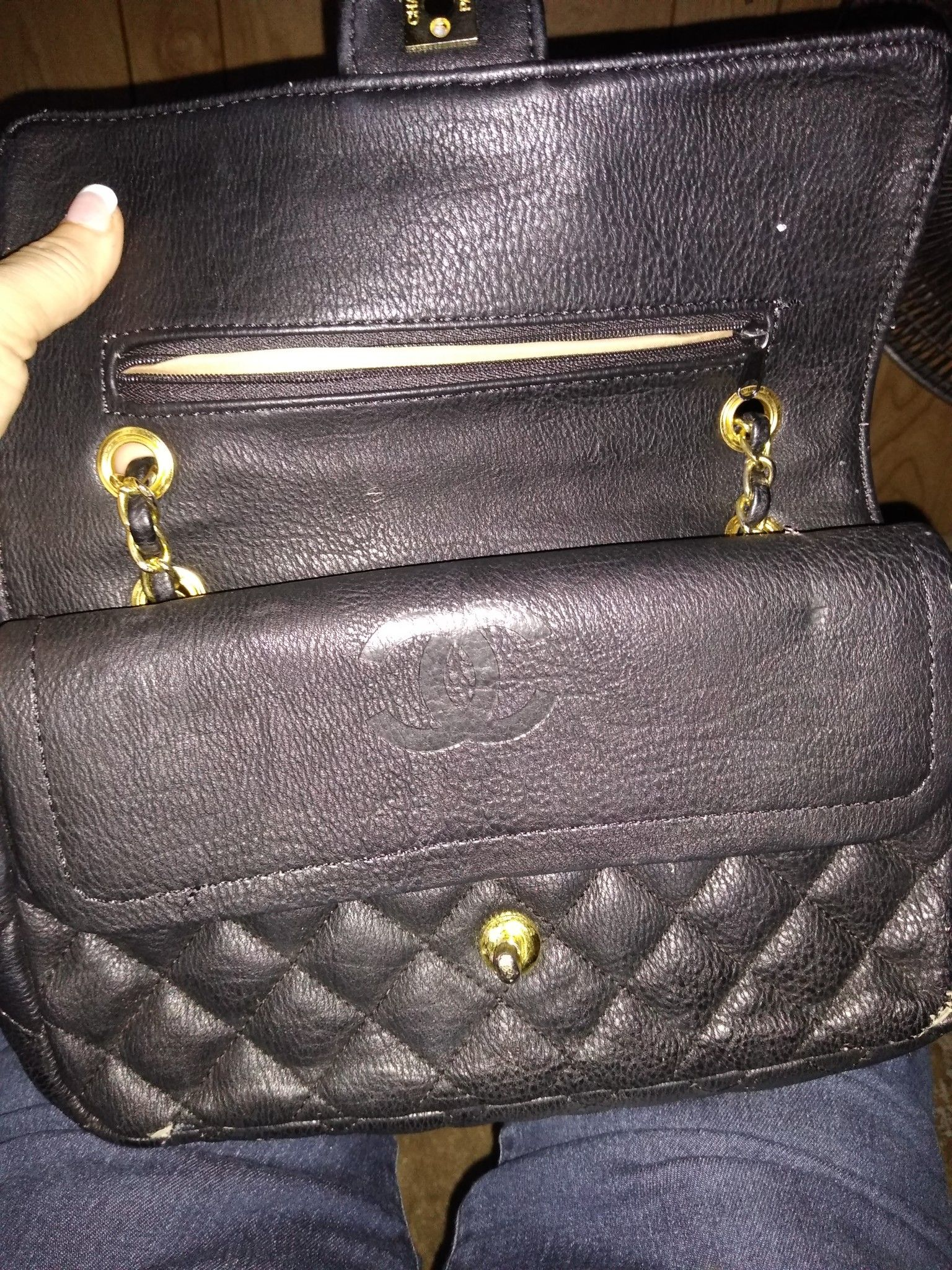 Black quilted bag.. price negotiable make offer