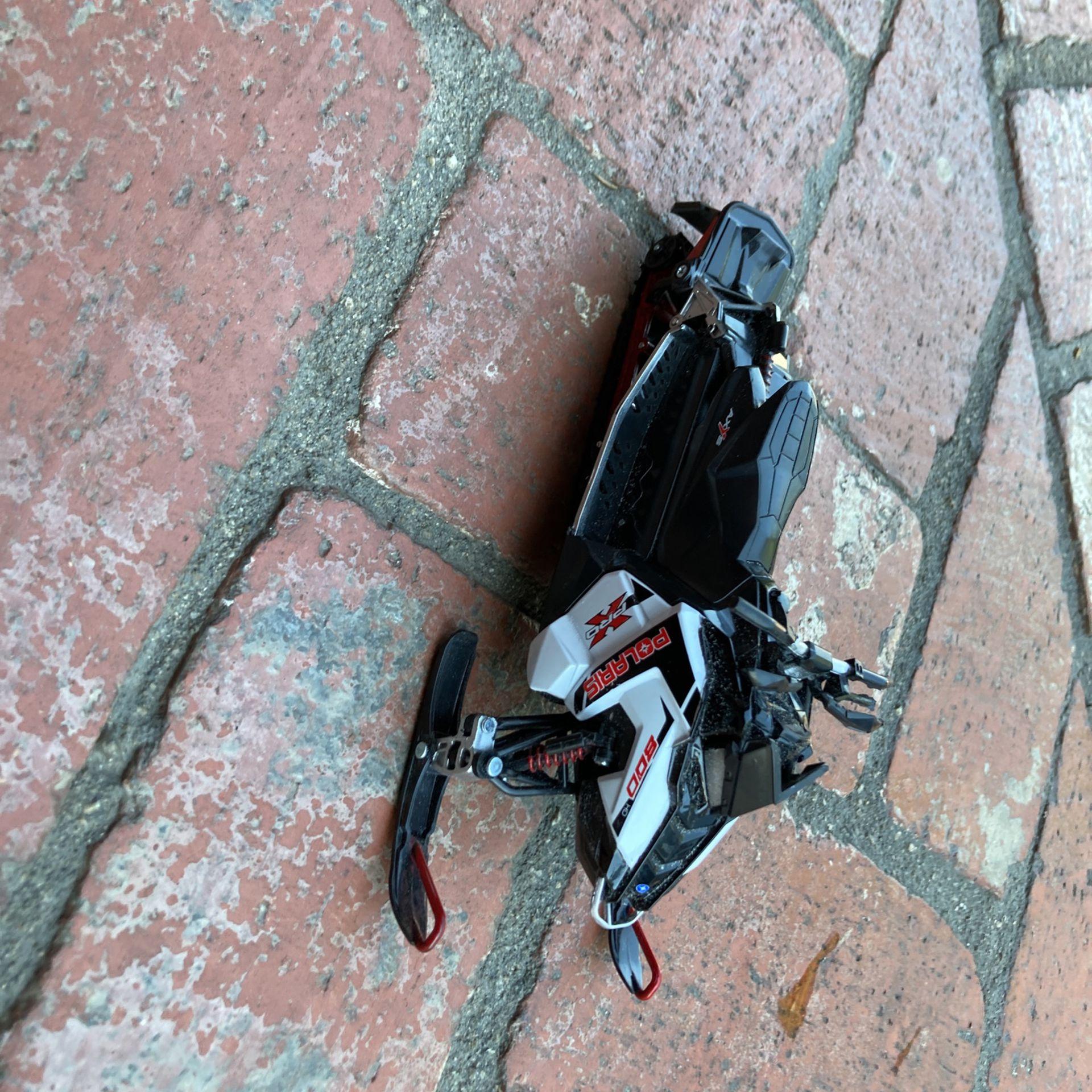 Polaris x pro snowmobile model toy
