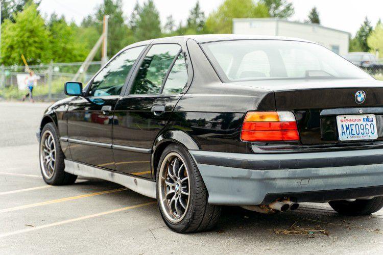 1992 BMW 325i