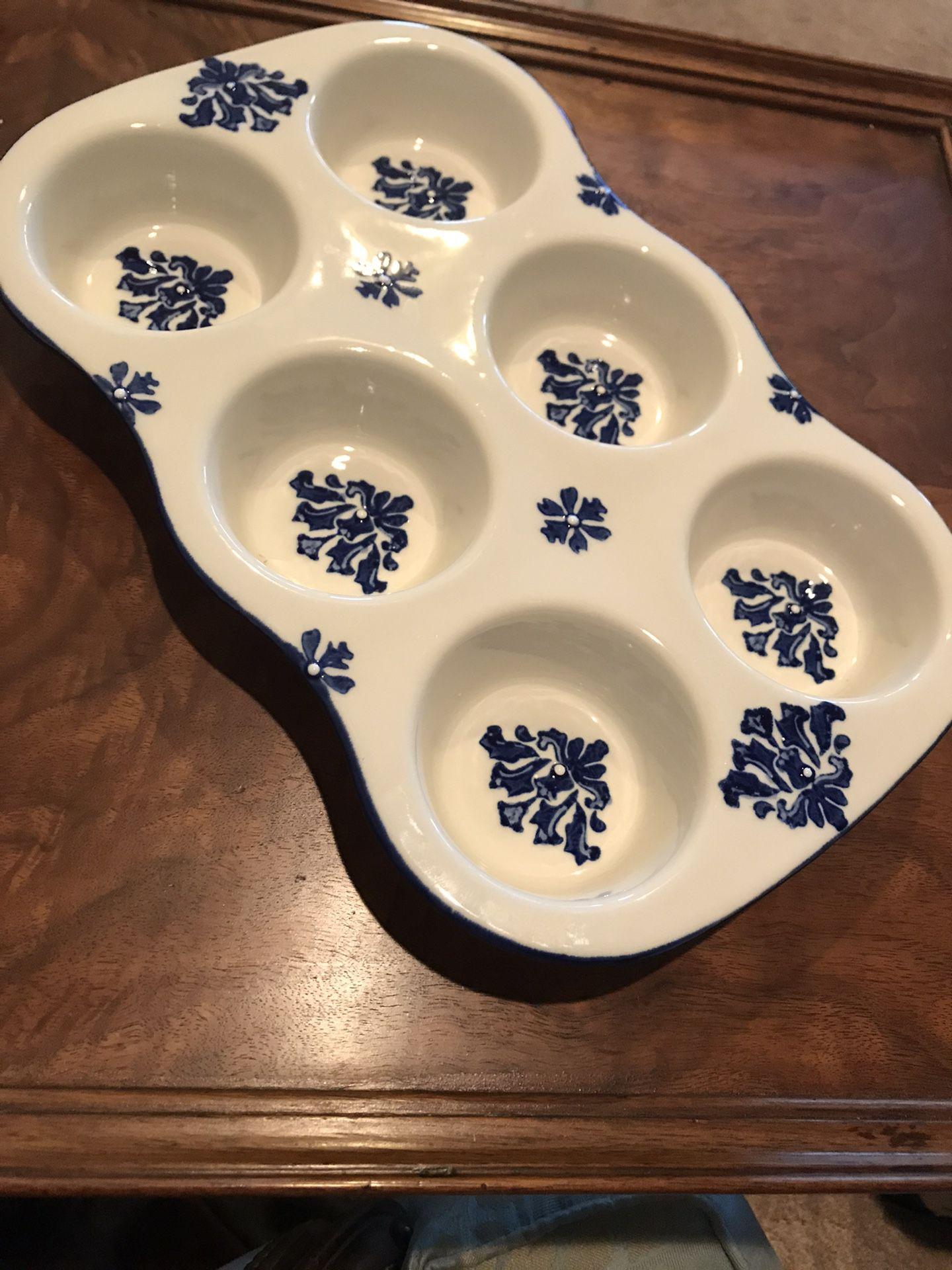 Pfaltzgraff ceramic muffin pan
