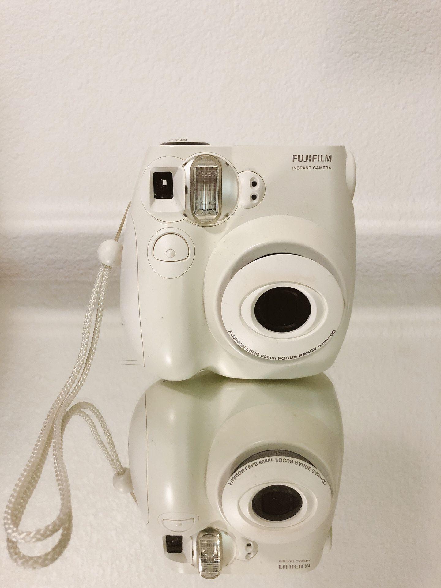 Fuji film Instax 7s white camera