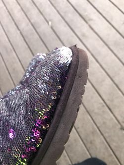 Ugg classic sequin boots size 8 Thumbnail