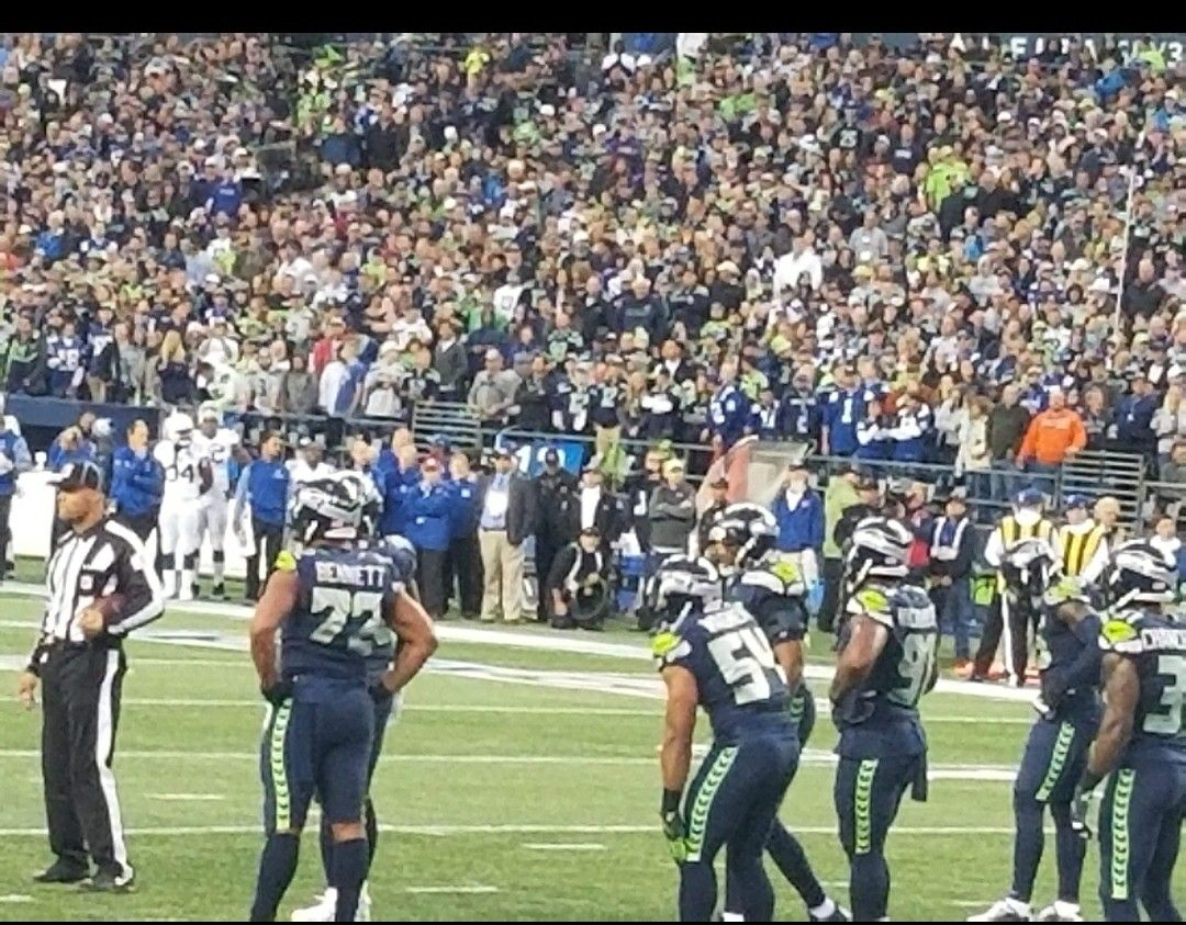 Seattle Seahawks vs DETROIT LIONS 3 & 4 ROWS FROM THE FIELD