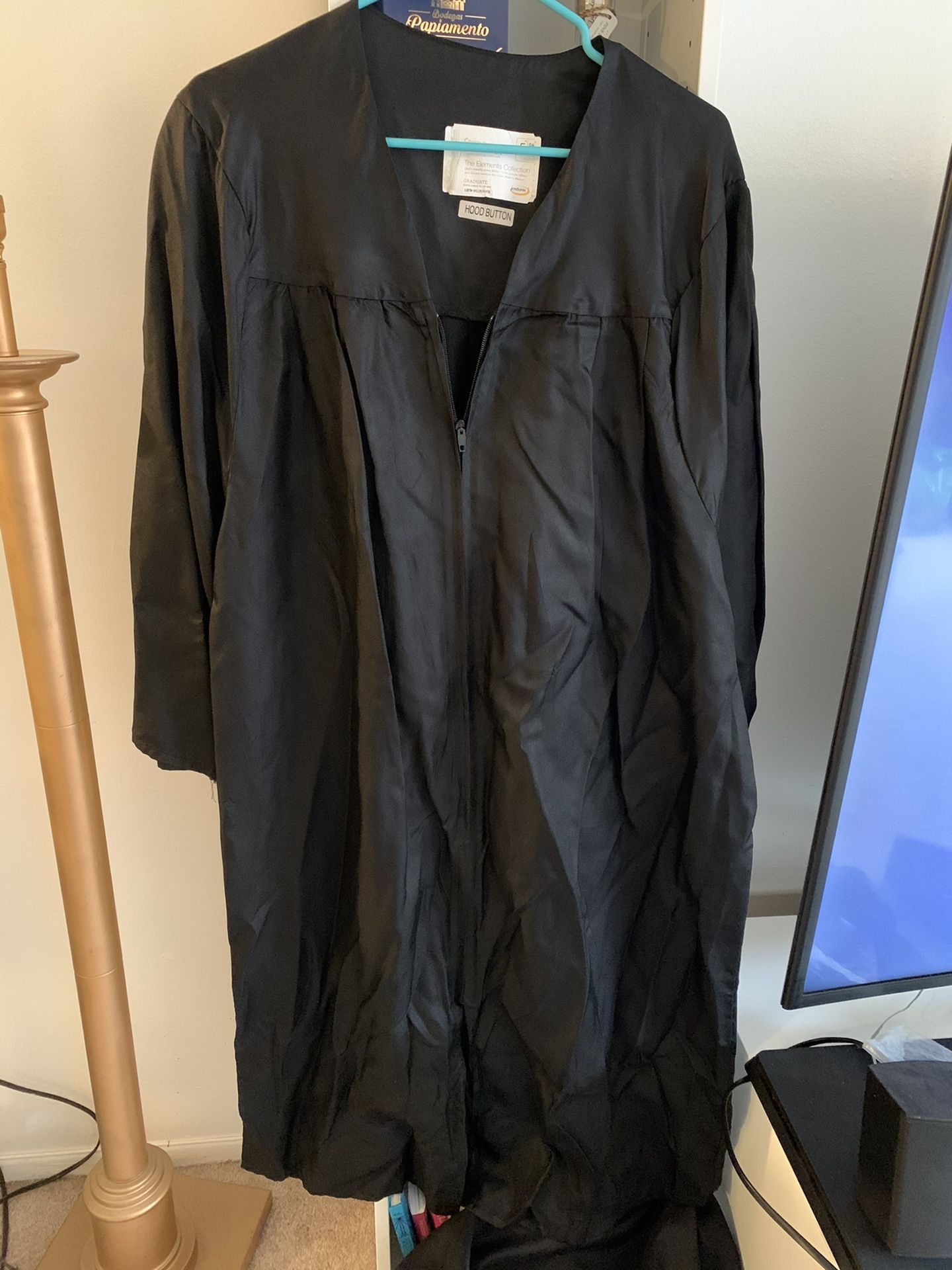Free Graduation Gowns