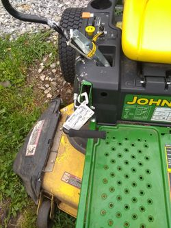John deer riding lawn mower Thumbnail