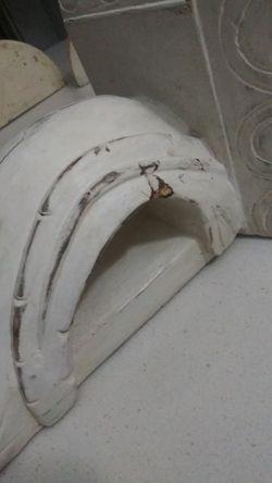 White wooden Corbelle(Bracket) Thumbnail