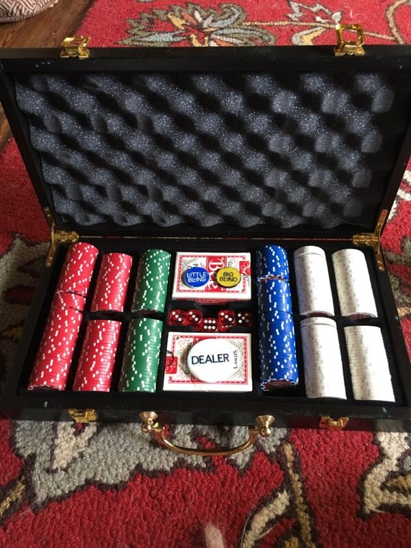Poker game caboodle hard wood case.
