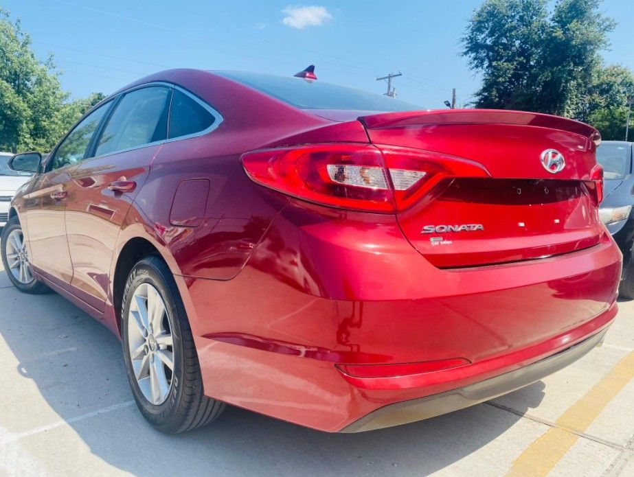 Are you looking to finance a used car vehicle?  2016 Hyundai Sonata SE
