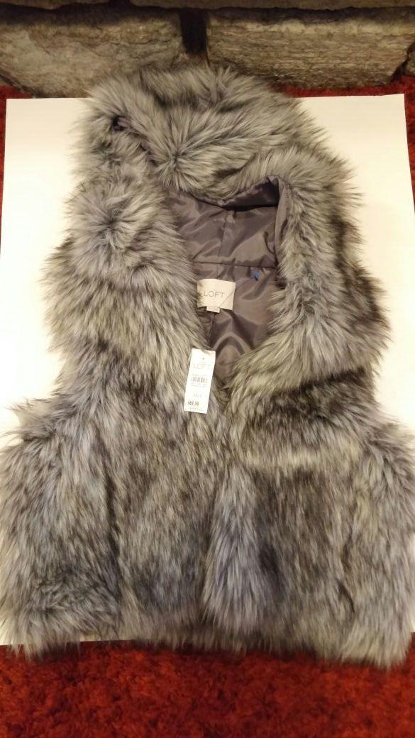 Loft Faux Fur Vest XS/S - NWT