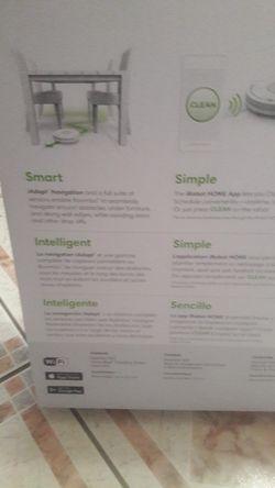 iRobot , Roomba 760 Robot Vacuum Thumbnail