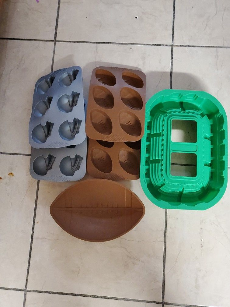 Silicone Cake Molds/ Football