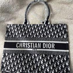 Dior Handbag Thumbnail