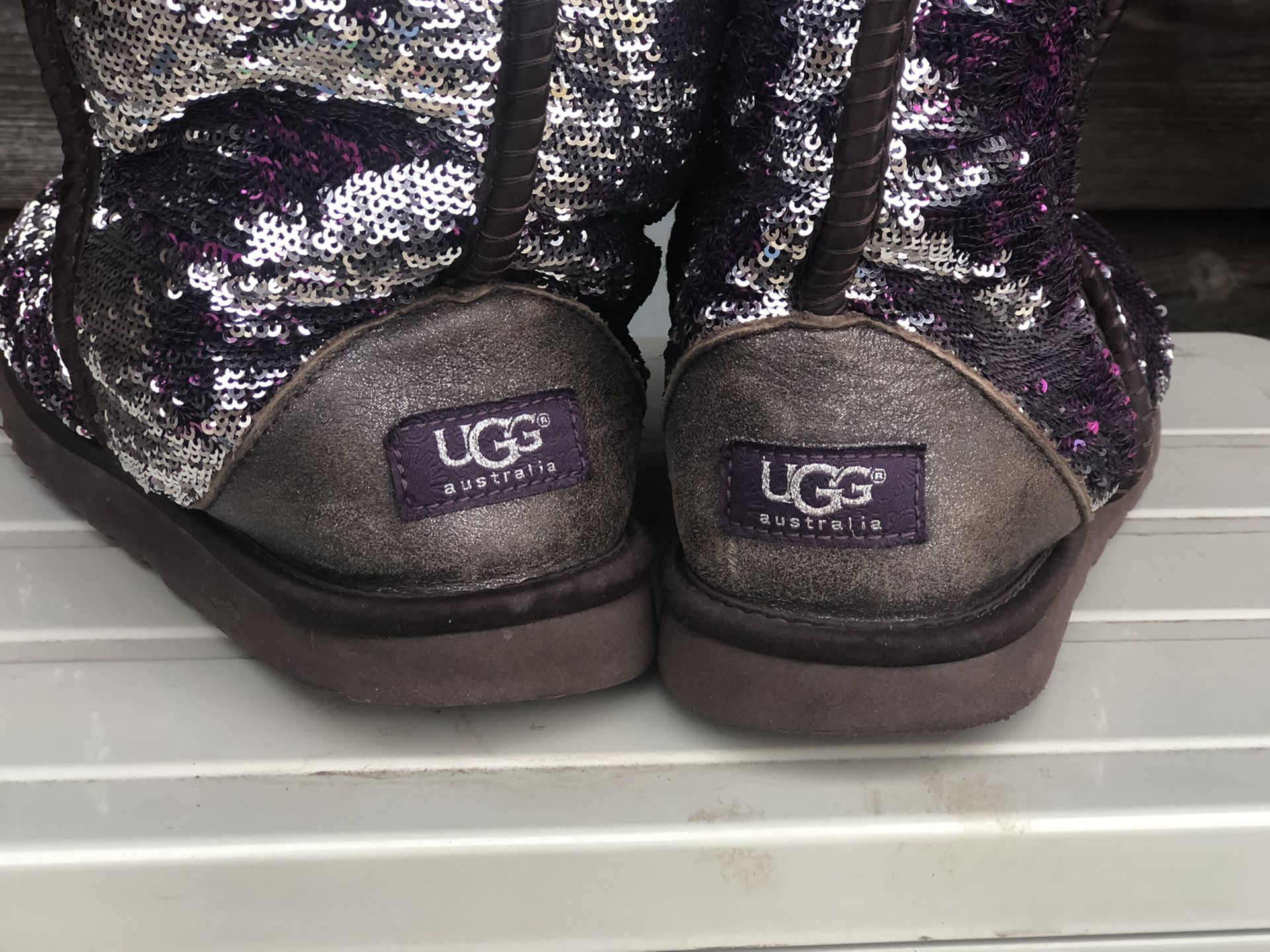 Ugg classic sequin boots size 8